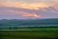 草原上的晚霞