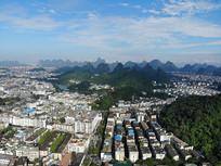 航拍桂林市内山峦