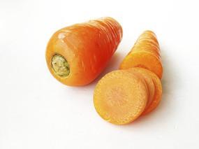 切橙色胡萝卜