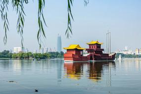 济南大明湖公园景观