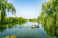 济南大明湖湖泊风光