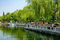 济南大明湖畔