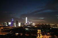 苏州最高楼和晚霞