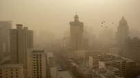 沙尘暴中的高楼