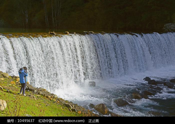 黑水高原海子泽娜措的河坝图片