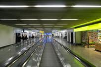 法兰克福机场室内自动扶梯