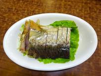 一盘江浙地区流行的浙菜醉鱼