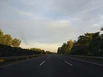 一路畅通高速路