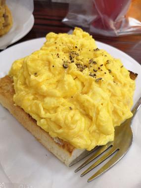 鸡蛋西多士