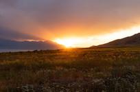 赛里木湖日出风光