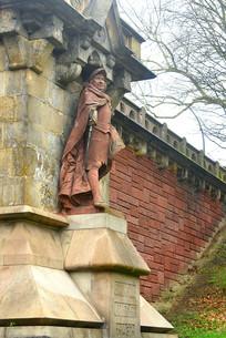 德国汉堡港桥头的历史人物塑像