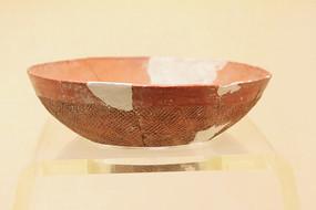 大地湾文化彩绘陶碗