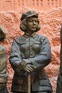 红军女战士雕像