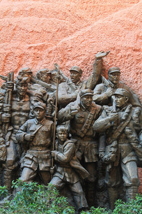 红军战士在延安雕像