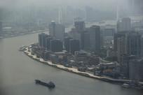 雾霾天南浦江建筑