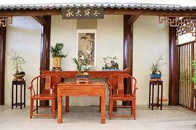 传统中式家庭盆景布置