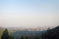 从北京西山八大处俯瞰北京城市