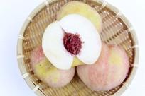 白花桃的果肉