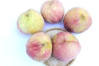 夏天里的美食桃子