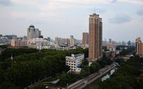 城市高楼风景图