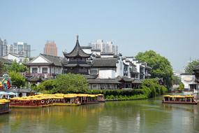 南京秦淮河及两岸古建筑群风光