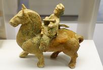 东汉时期的釉陶伎乐俑