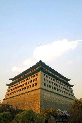 北京明城墙遗址角楼