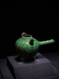 绿釉划花单柄壶