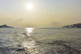 金色的海面
