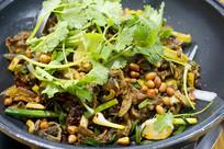 贵州省安顺市的美食干锅牛肉