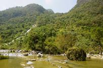 贵州荔波小七孔的翠谷亲水区