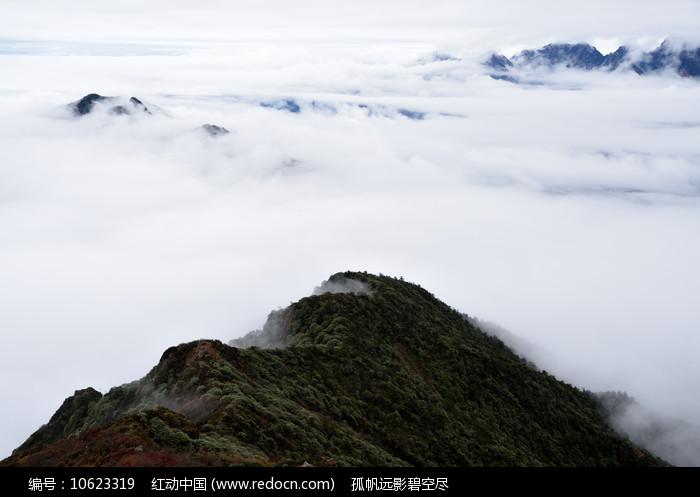 彭州三口锅登顶的山脊之路图片
