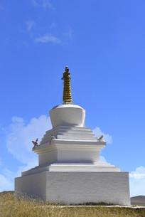阿坝唐克草原索格藏寺藏族佛塔