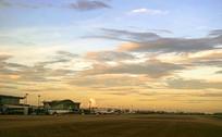 晚霞中的浙江杭州萧山国际机场