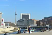 柏林电视塔及施普雷河