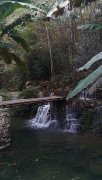 贵州贵阳夜郎谷城堡木板桥