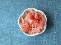 一碟金丝红柚