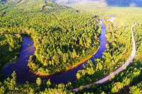大兴安岭秋季森林河流