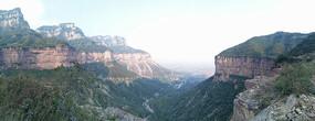 南太行山风光-龙口峡谷崖口全景图
