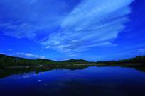 大兴安岭森林湖星夜夜云