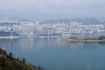 远观巫山新县城美丽的江景