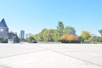 空旷的广场