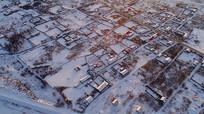 航拍森林小镇冬雪风光