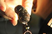 黑曜石貔貅吊坠摄影图片