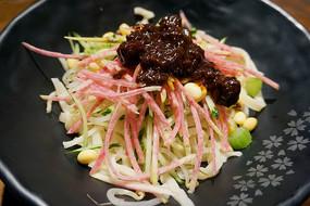 传统美食-老北京炸酱面