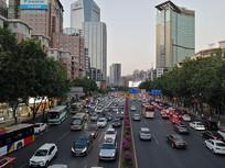 广州石牌东路马路