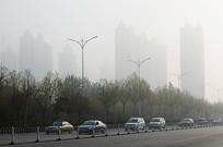 雾霾下的城市