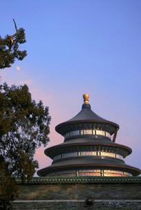 北京天坛祈年殿的傍晚