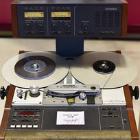 老式录音机