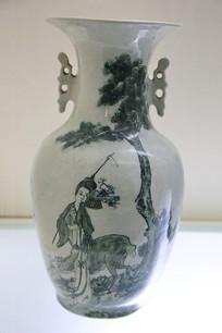绿釉麻姑祝寿瓷瓶民国